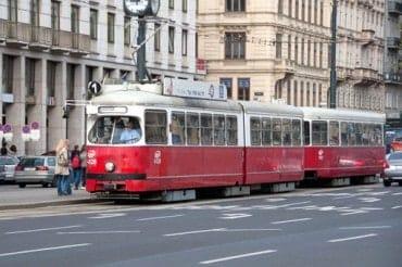 Mestská hromadná doprava vo Viedni