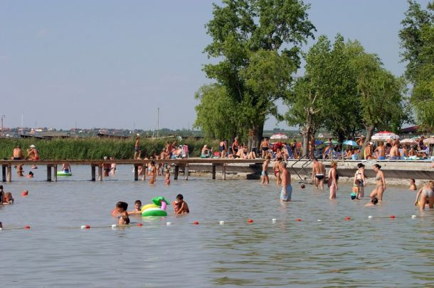 Neusiedl am See – Wikipedie