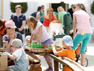 Veľká prázdninová zábava na zámku Schloss Hof