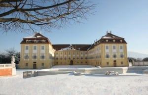 SchlossHof_Ehrenhof_Schnee_kl(c) Schloss Hof