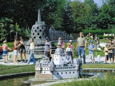 Zmenšený svet v parku Minimundus