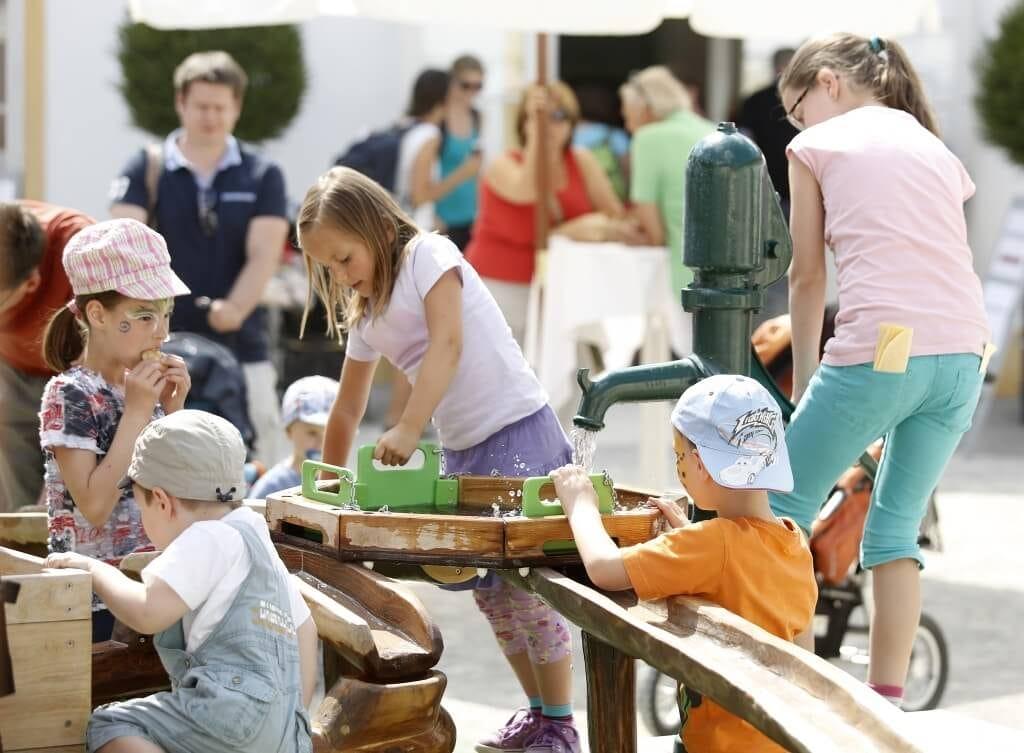 Kinder- und Familienwelt_Wasserspielplatz (c) Dieter Nagl
