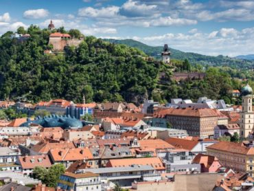 Schlossberg-c-Graz-Tourismus-Harry-Schiffer.jpg