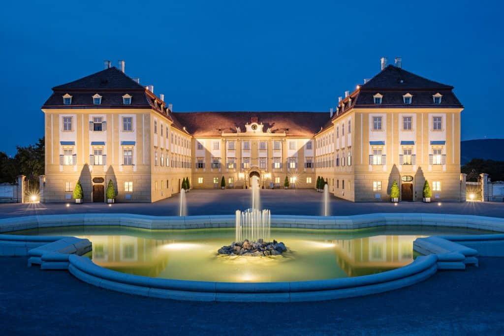 Abendaufnahmen Schloss Hof © SKB_Hertha Hurnaus (2)
